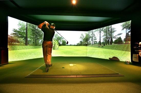 Simulateur de golf que des avantages pour les golfeurs