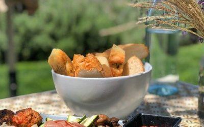 Plateau-repas: bien choisir le traiteur et le menu!